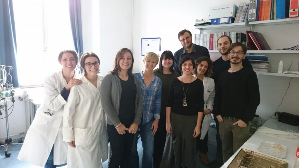 Professor Bruno (fourth from right, front) and her research team with the SCAD patients who went to Pisa in November 2017